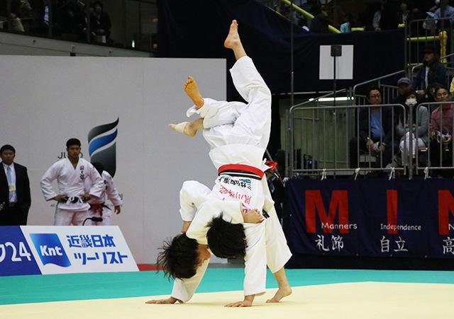 女子52kg級準決勝戦 阿部詩vs志々目愛