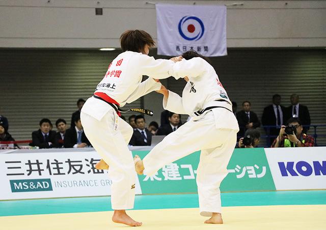 女子52kg級決勝戦 角田夏実vs志々目愛�@