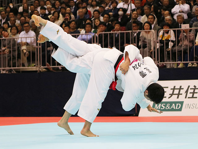 男子90kg級決勝戦 長澤憲大vs向翔一郎�@