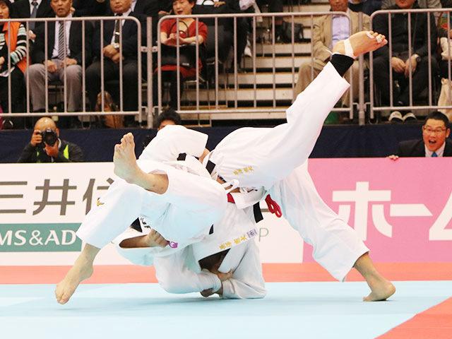 男子90kg級決勝戦 長澤憲大vs向翔一郎�B
