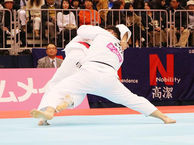 男子100kg超級準決勝戦 佐藤和哉vs太田彪雅