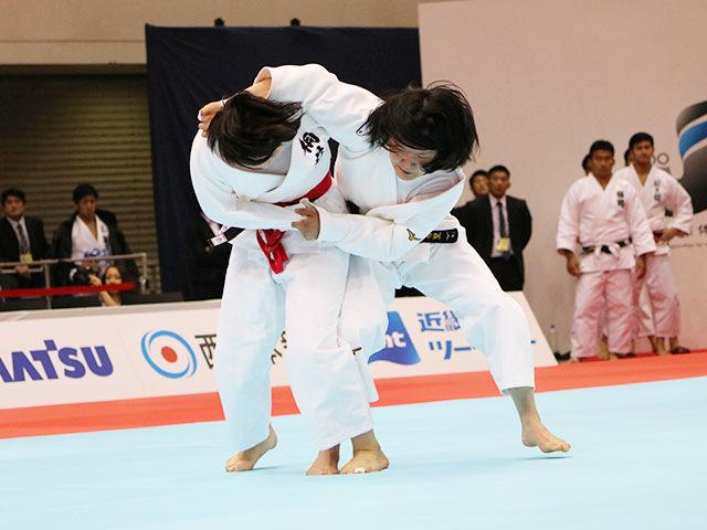 女子70kg級1回戦 朝飛七海vs榎谷有里