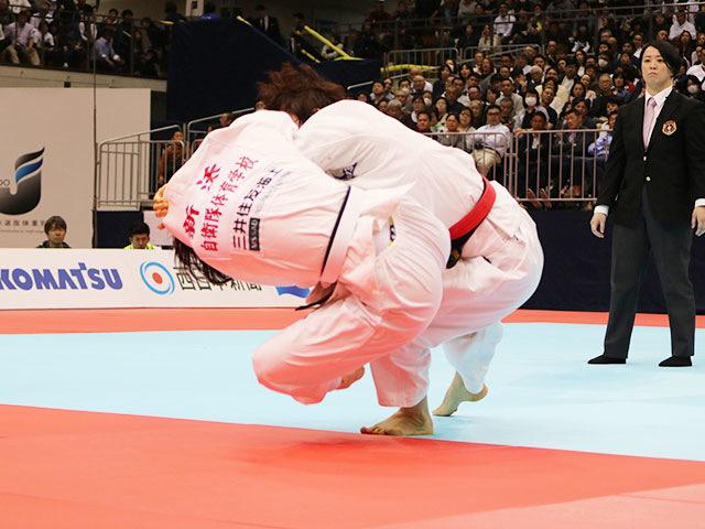 女子70kg級決勝戦 大野陽子vs新添左季�B