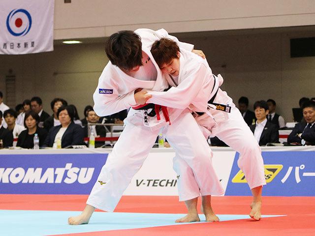 女子78kg級準決勝戦 梅木真美vs佐藤瑠香