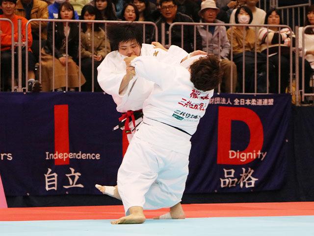 女子78kg超級準決勝戦 素根輝vs稲森奈見