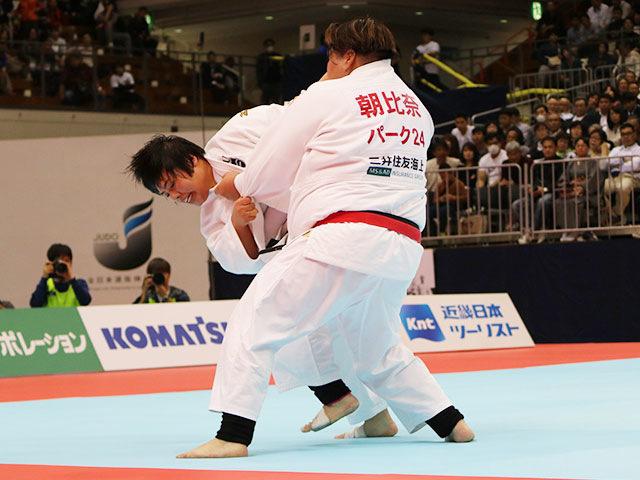 女子78kg超級決勝戦 朝比奈沙羅vs素根輝�B