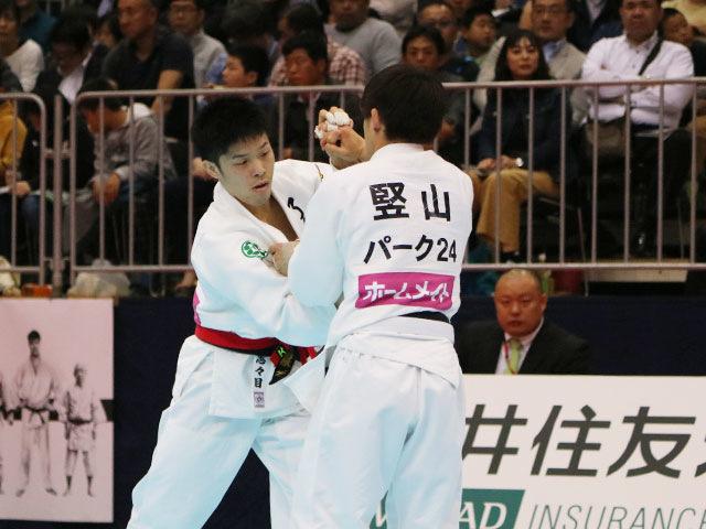 男子60kg級1回戦 志々目徹vs竪山将