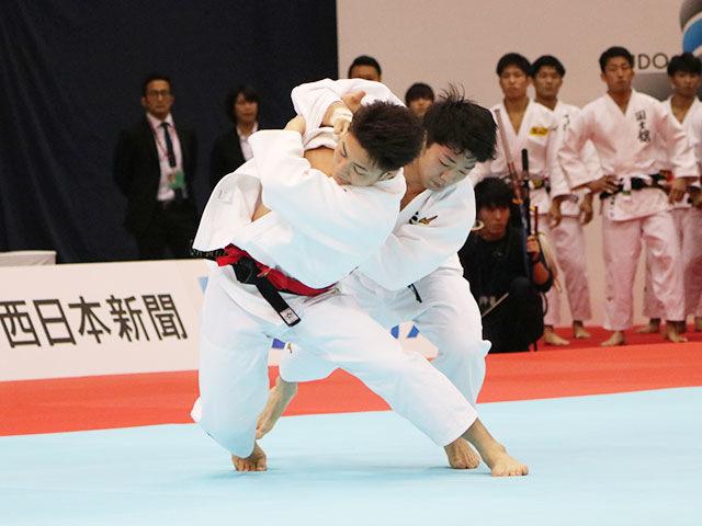 男子66kg級1回戦 阿部一二三vs木戸清孝