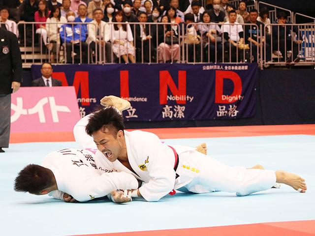 男子73kg級準決勝戦 橋本壮市vs立川新