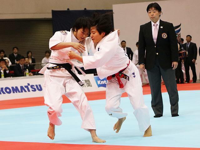 女子48kg級1回戦 芳田真vs山�ア珠美