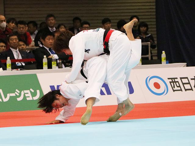 女子52kg級準決勝戦 志々目愛vs立川莉奈