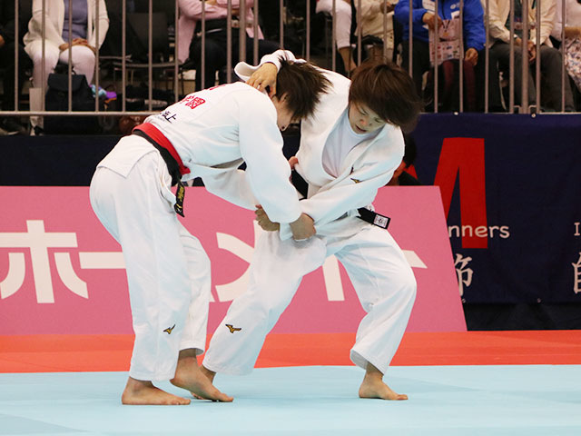 女子52kg級準決勝戦 角田夏実vs前田千島