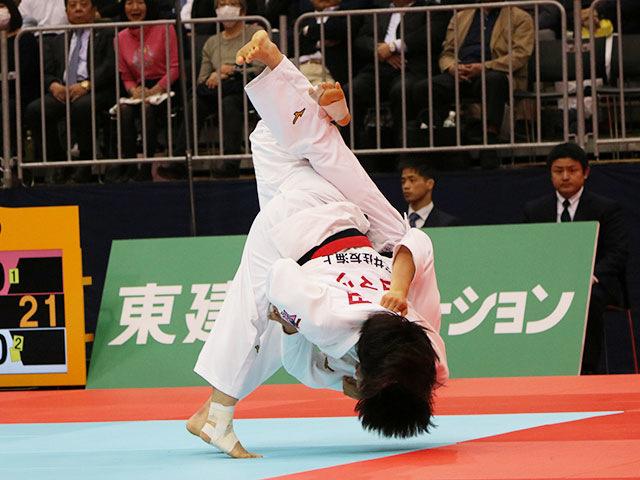 女子57kg級準決勝戦 芳田司vs富沢佳奈
