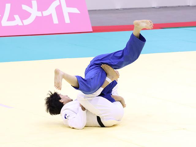 男子81kg級 小原拳哉 vs 佐藤正大