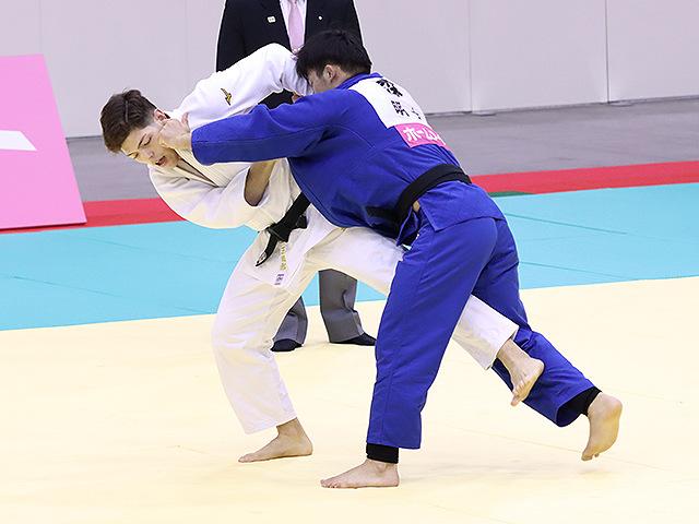 男子90kg級 村尾三四郎 vs 森健心