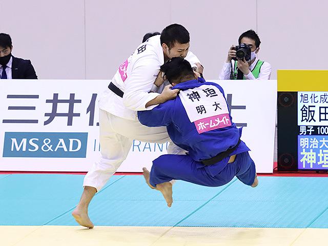 男子100kg級 飯田健太郎 vs 神垣和他