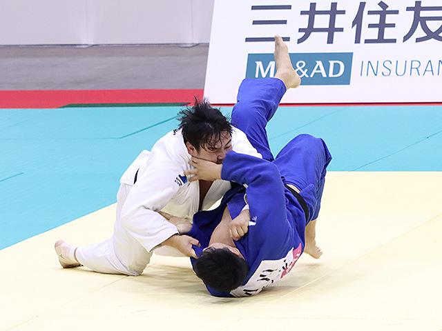 男子100kg超級 佐藤和哉 vs 小川雄勢