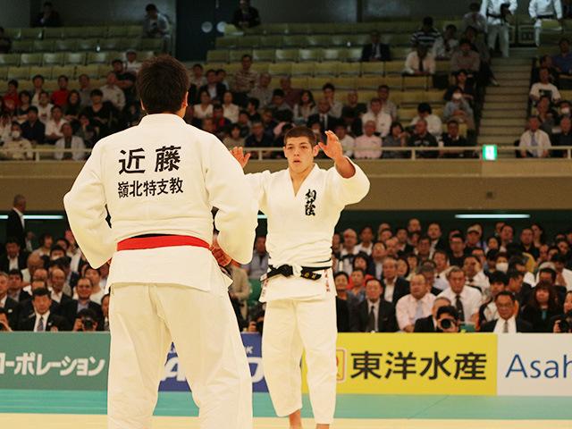 1回戦 近藤拓也vs村尾三四郎