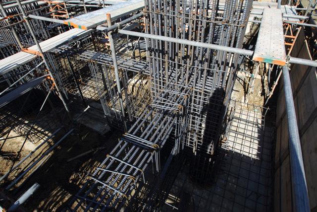 基礎の鉄筋工事