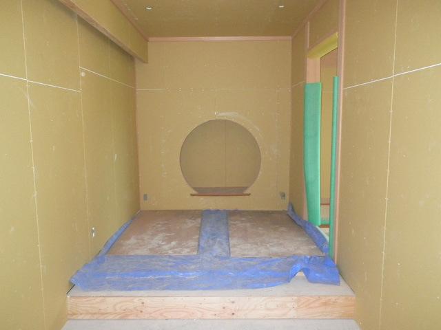 レセプションルーム和室玄関ホールPB張完了