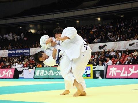 田知本愛(78kg超級)