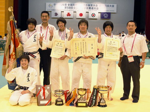 優勝:埼玉栄高校